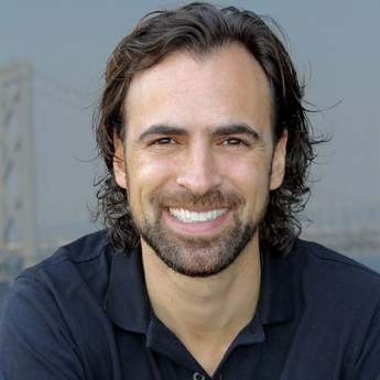 Photo of marketing graduate Mauricio Benvenutti