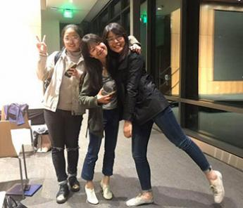 Qiuyu Chen (middle) met some great friends during her time studying at Berkeley!