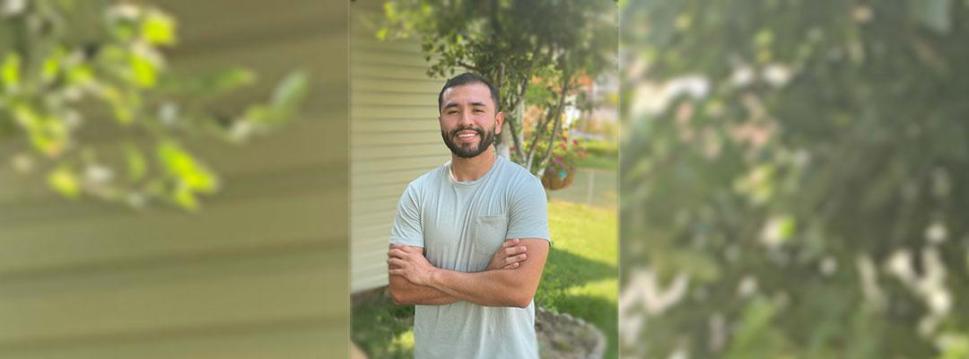 Post-Baccalaureate Health Professions Program alumnus Jesus Mejia