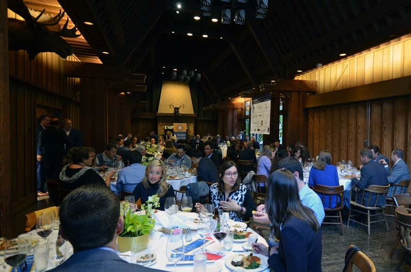 Attendees of the 2018 PFP Awards Dinner dine in the Faculty Club.
